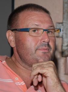 Beat Baettig, empresario turistico y dueno del muelle privado en Miches.