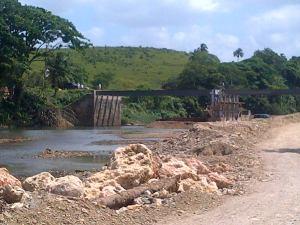 Puente sobre el rio Maimon