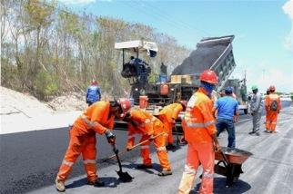 El Bulevar Turístico del Este estará listo, según el Ministro de Obras Públicas, en diciembre de este año.